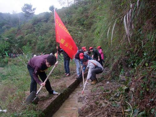 至今他们已经在广西东兰县三弄瑶族乡人民政府,东兰县兰木乡人民政府