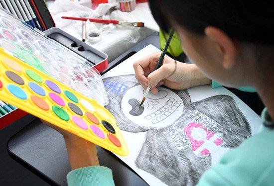 广州举办青少年禁毒主题明信片创意设计大赛图片