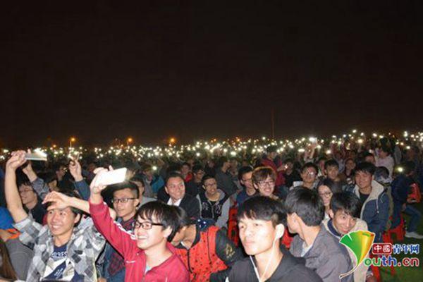 """2016""""梦想之旅""""中国大中学生励志公益讲座举行"""